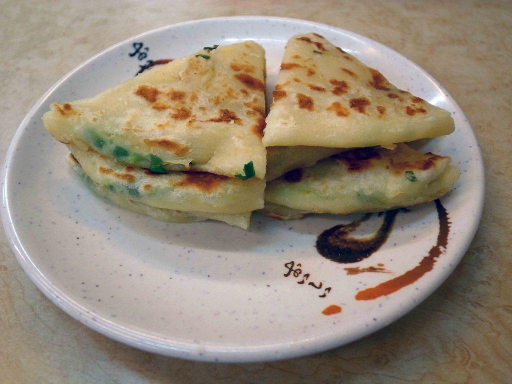 甘記蕃茄刀削麺のネギ餅の写真