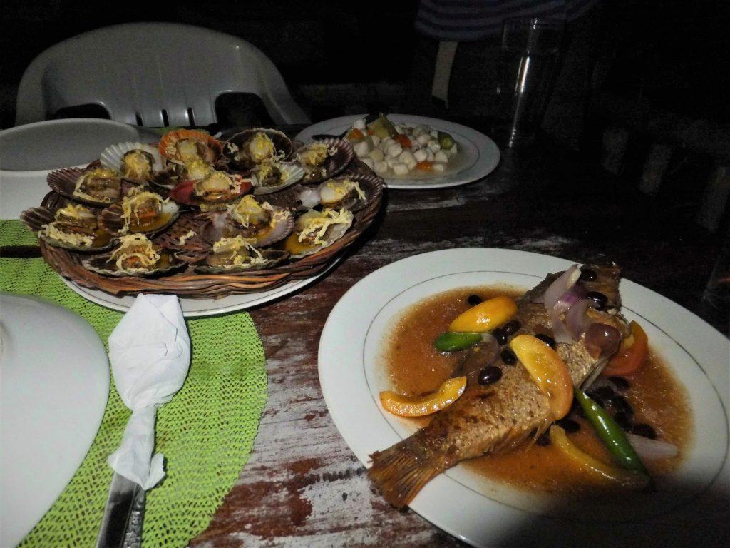 ギガンテス島のゲストハウスのディナーの写真