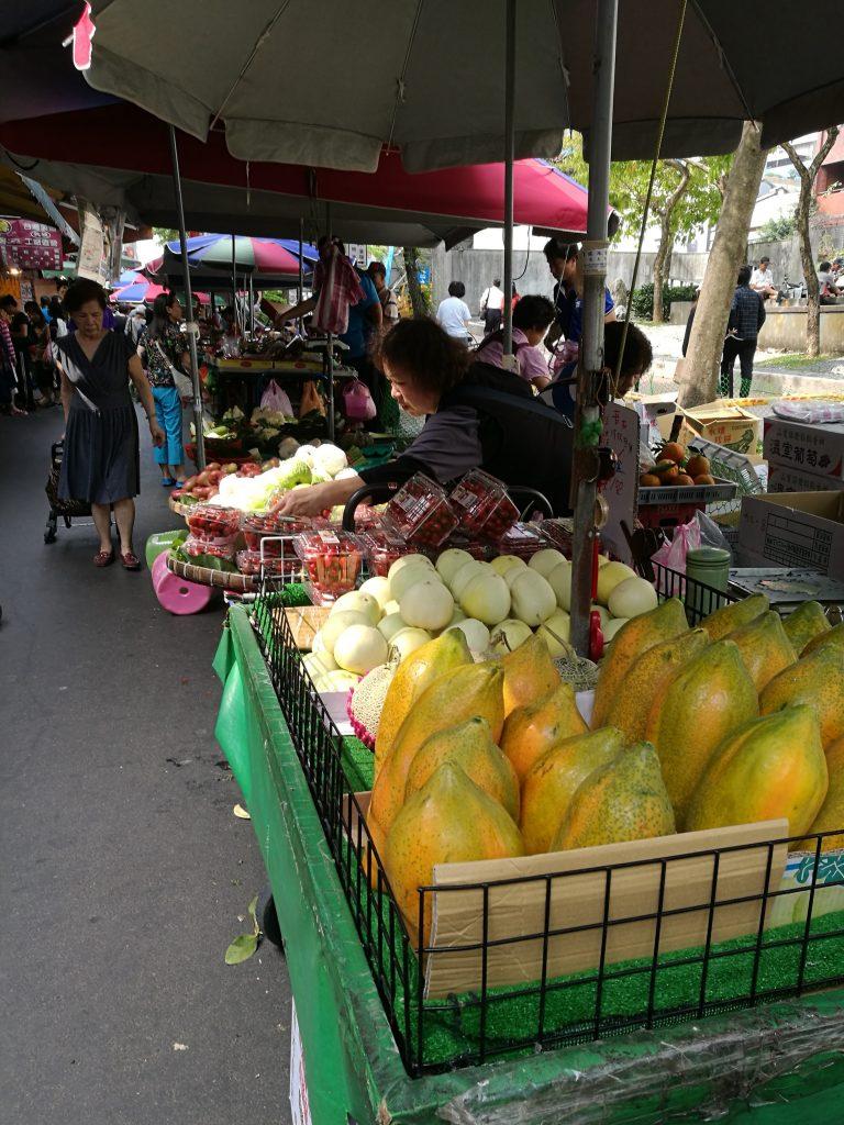 雙連朝市の果物の写真