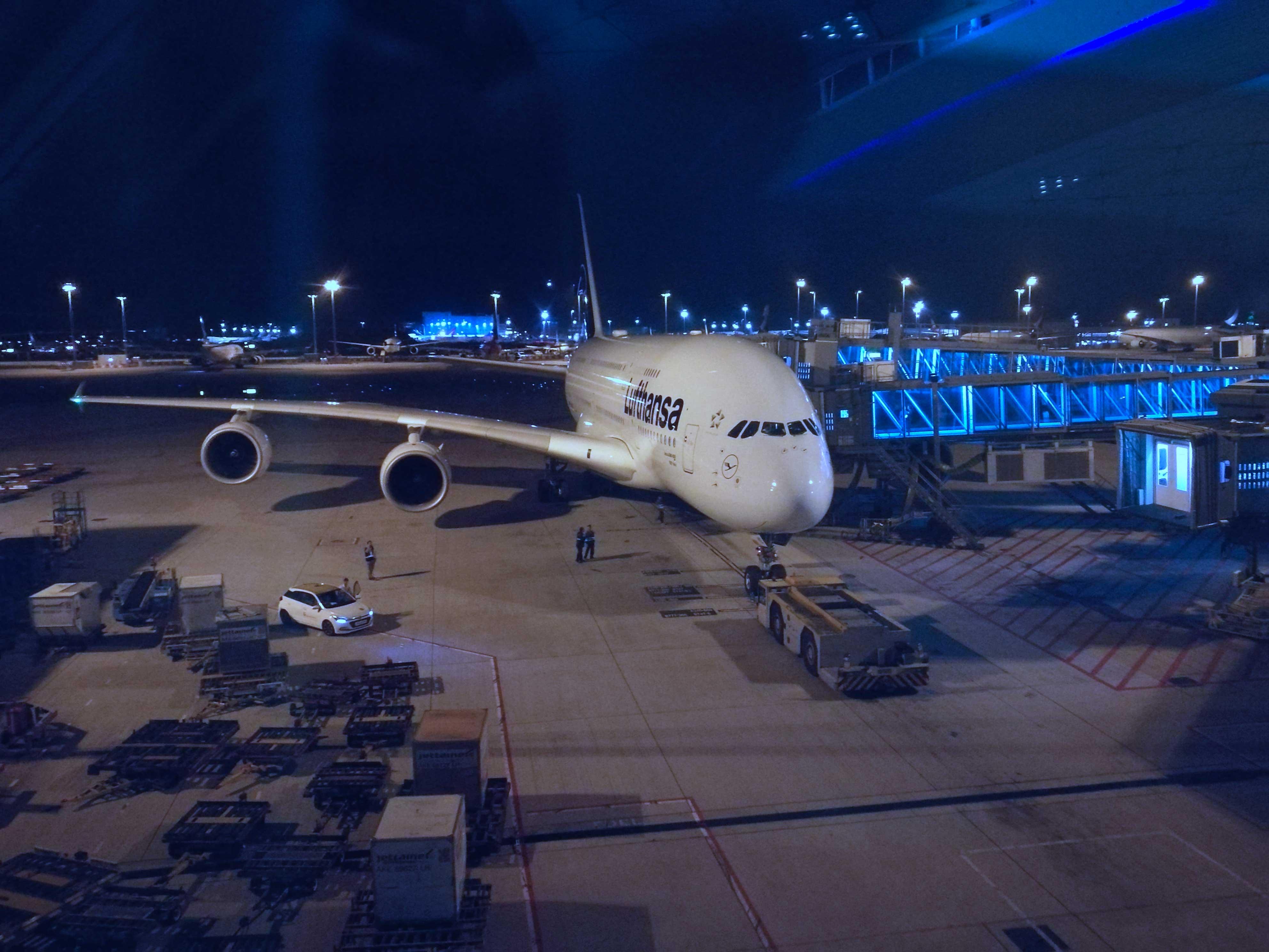 ミュンヘン行きA380の写真