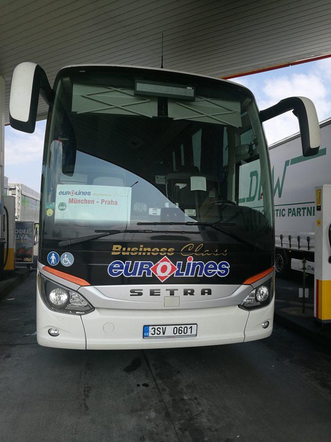 ユーロラインズのバスの写真