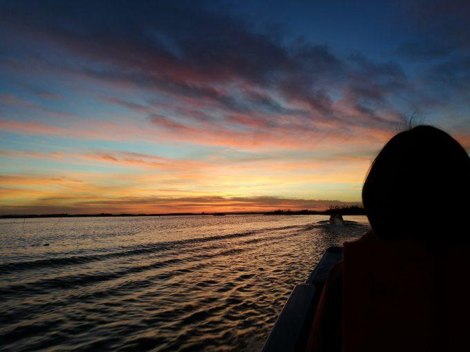 タレーブアデーンの湖上の写真