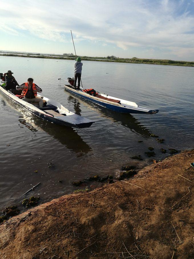 タレーブアデーンの二人乗り用ボートの写真