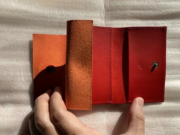 エムピウの財布ストラッチョの写真