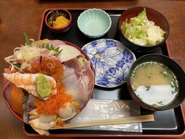 大黒スペシャル海鮮丼の写真